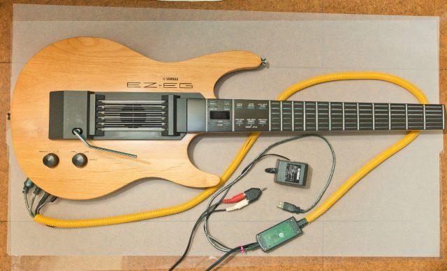 Yamaha EZ-EG. MIDI-USB変換ケーブル. 音声出力. ACアダプター.をまとめた図